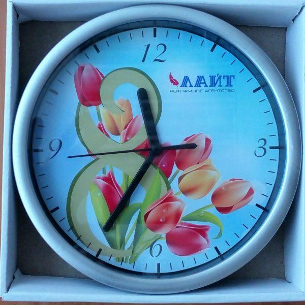 часы с лого и картинкой
